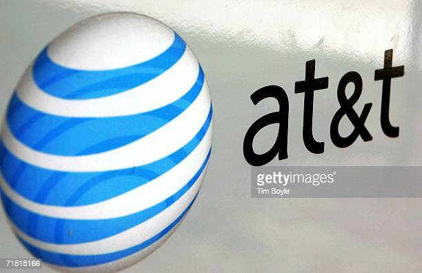 An ATT logo is displayed on an ATT truck July 25 2006 in Park Ridge Illinois ATT announced July 25 that its profits climbed 81 percent with the...