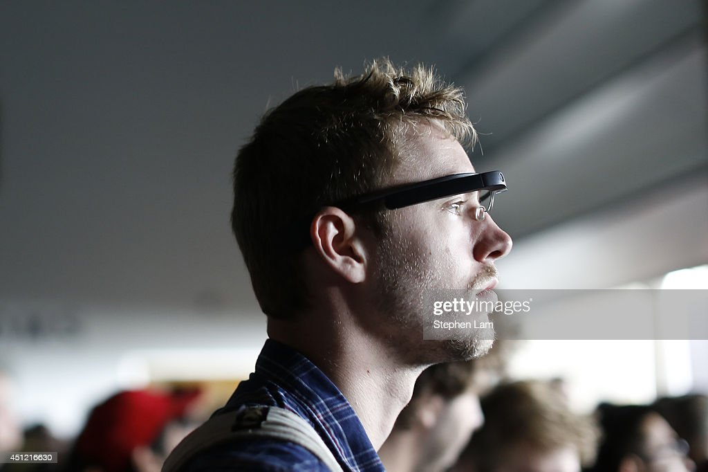 An attendee wears a Google Glass during the Google I/O Developers Conference at Moscone Center on June 25, 2014 in San Francisco, California. The seventh annual Google I/O Developers conference is expected to draw thousands through June 26.