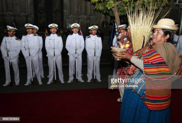 An Aymara indigenpus participate in a vigil and rituals to the Pachamama organised by different social organizations in support to the delivery of...