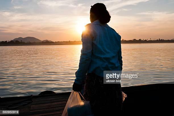 an der Anlegestelle am Chindwin Fluss