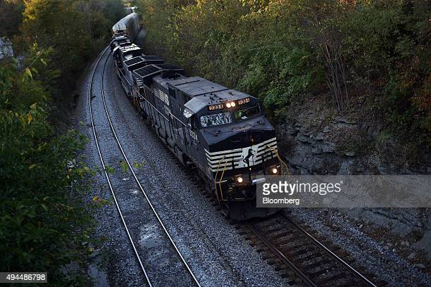 An eastbound Norfolk Southern Corp auto rack train passes through Waddy Kentucky US on Friday Oct 16 2015 Norfolk Southern is scheduled to release...