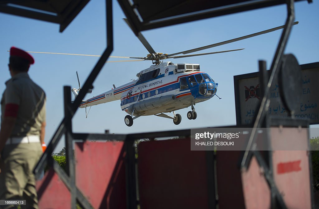 an-egyptian-medical-helicopter-takes-off-after-dropping-off-ousted-picture-id166660413