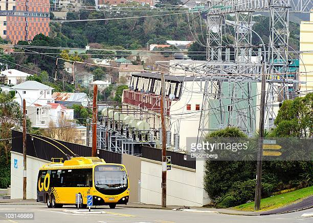 An electric trolley bus passes the Central Park substation in Wellington New Zealand on Thursday July 29 2010 New Zealand's central bank raised...