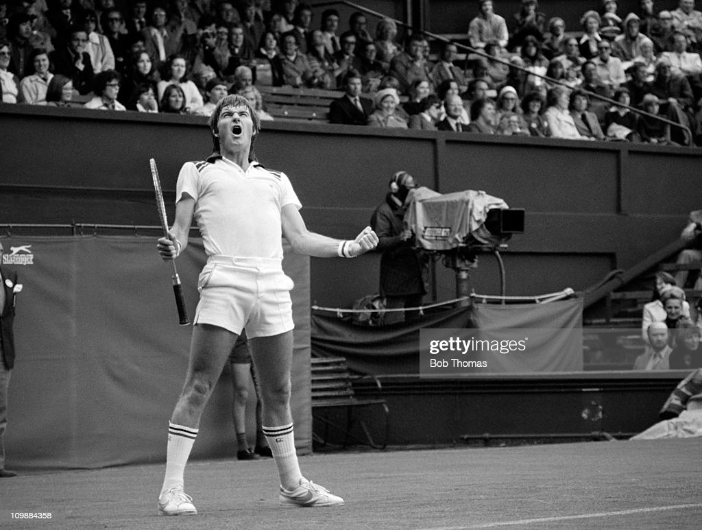 An emotional Jimmy Connors of the USA at Wimbledon in June 1978. (Photo by Bob Thomas/Getty Images).