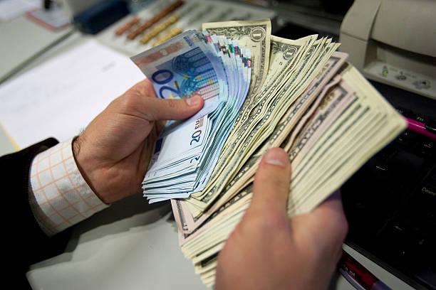 Αποτέλεσμα εικόνας για euro et dollar