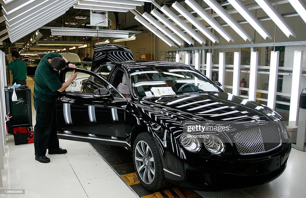 Production at bentley motors ltd plant getty images for Bentley motors limited dream cars