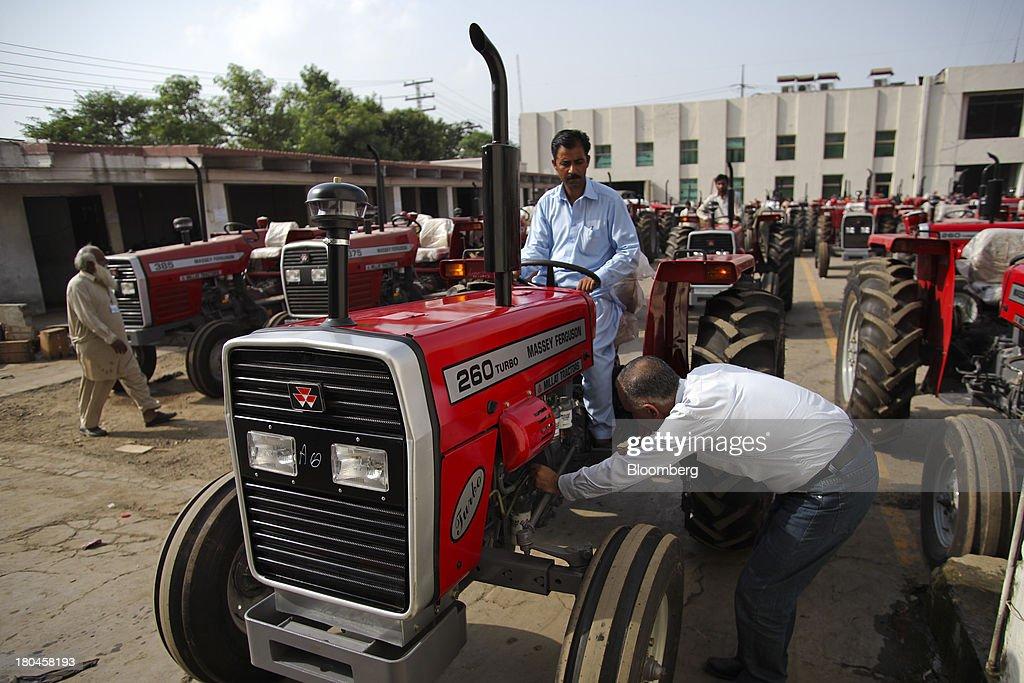Nous tractors s&l fashions dress collection