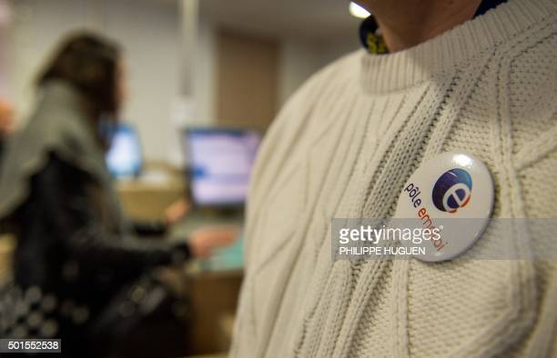 An employee of Pole Emploi French national employment agency is pictured at an agency in Lille northern France on December 16 2015 / AFP / PHILIPPE...