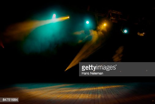An empty stage with smoke and lights : Foto de stock