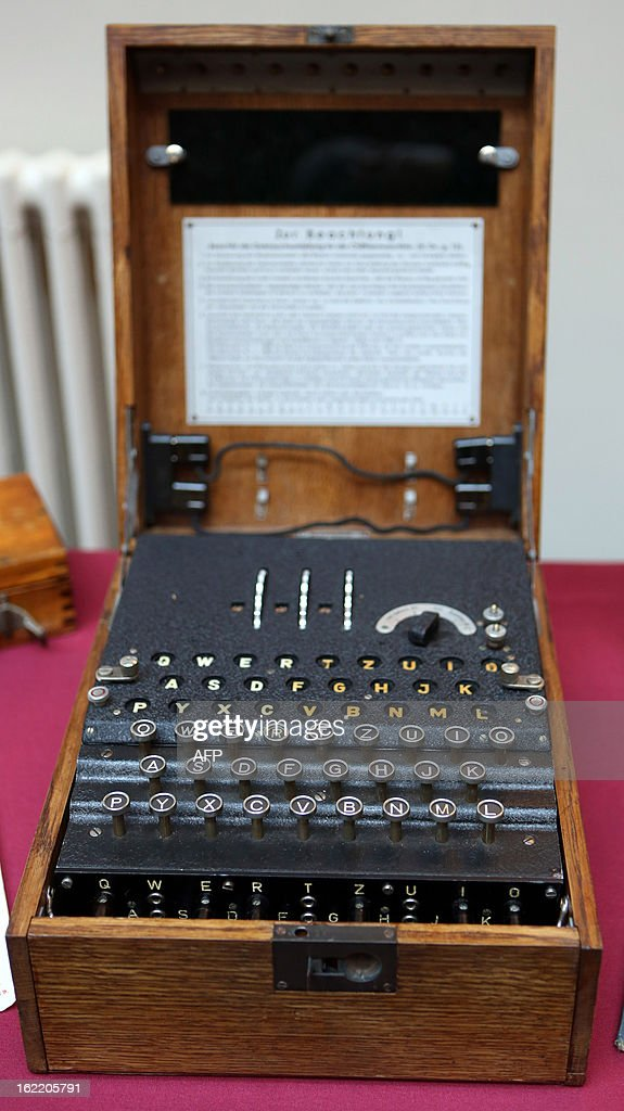 An Enigma Machine part of a display at The Mansion House at Bletchley Park in Milton Keynes, north of London on February 20, 2013. AFP PHOTO/POOL/CHRIS RADBURN