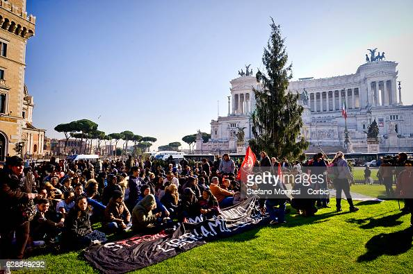 An estimated 500 people of the movements for the right to housing occcupied Venezia Square to revive the right to housing and a meeting with the...