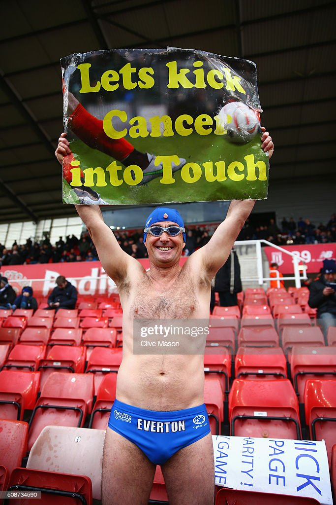 An Everton supporter is seen prior to the Barclays Premier League match between Stoke City and Everton at Britannia Stadium on February 6, 2016 in Stoke on Trentl, England.
