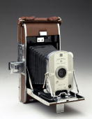 UNS: 70 Years Since Polaroid Cameras Went On Sale
