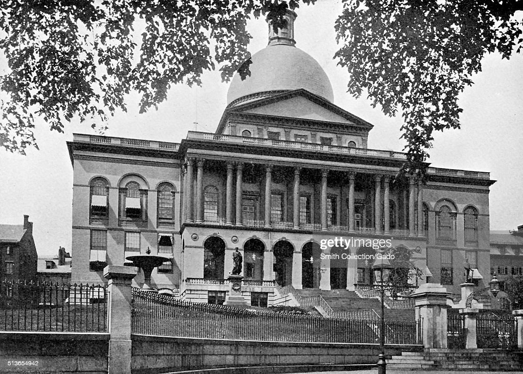 An exterior photograph of the massachusetts state house for Building a house in ma