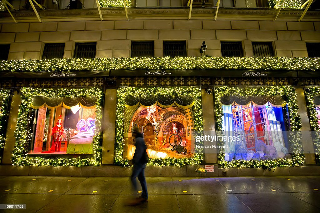 An exterior view of Sak's Fifth Avenue during the 2014 holiday season on November 26 2014 in New York City