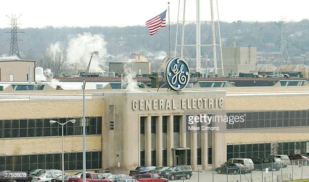 An exterior view of the General Electric Jet Engine Plant is shown December 8 2003 in Cincinnati Ohio Dubai's Emirates Airlines announced a...