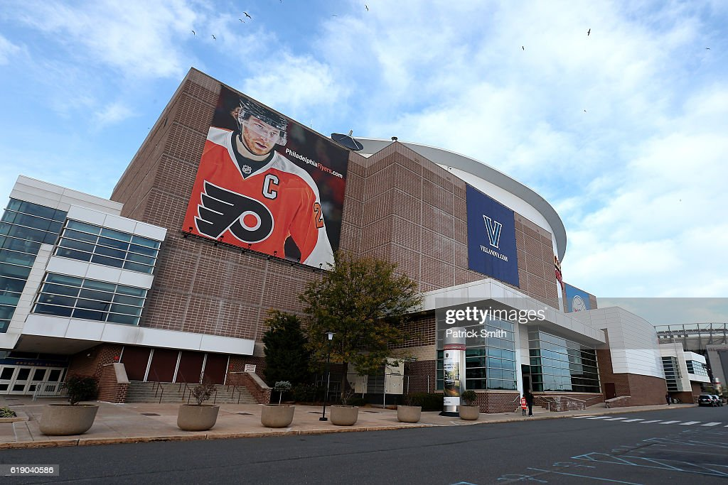 An exterior view of the Wells Fargo Center before the Pittsburgh Penguins play the Philadelphia Flyers on October 29, 2016 in Philadelphia, Pennsylvania.