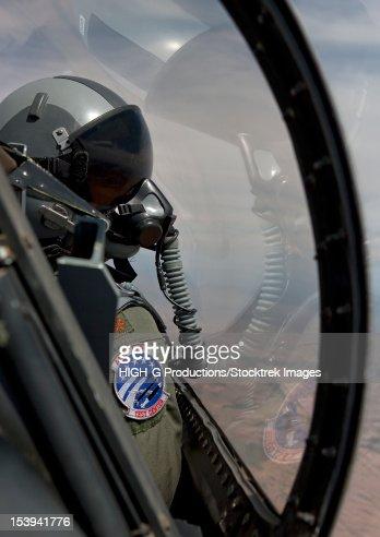 F 16 Pilot Tulumu An F16 Pilot From The Air National Guard Air Force Reserve Test Center ...