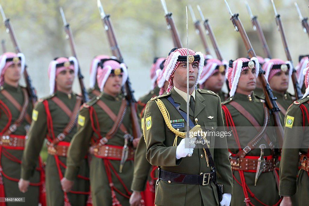 An honor guard welcomes U.S. President Barack Obama at the Al Hummar palace March 22, 2013 in Amman, Jordan. Jordan is the last stop on a four-day Mideast trip that included Israel and the West Bank.