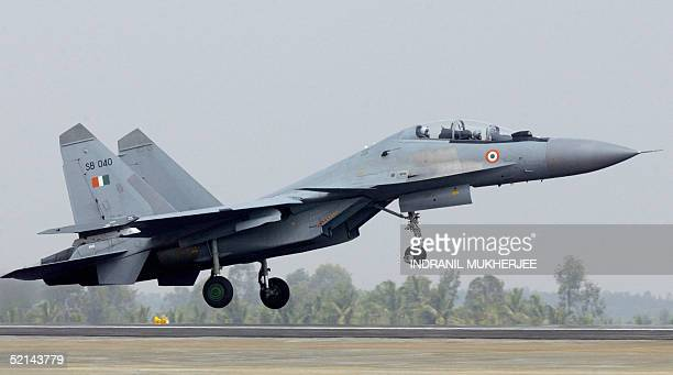 An Indian air force Sukhoi 30MKI takes off from the Yehlanka airforce base on the outskirts of Bangalore 06 February 2005 during trial sorties for...