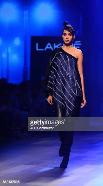 An Indian model showcases creations by designer Shweta Kapur at Lakme Fashion Week Winter/Festive 2017 in Mumbai on August 16 2017 Lakme Fashion Week...