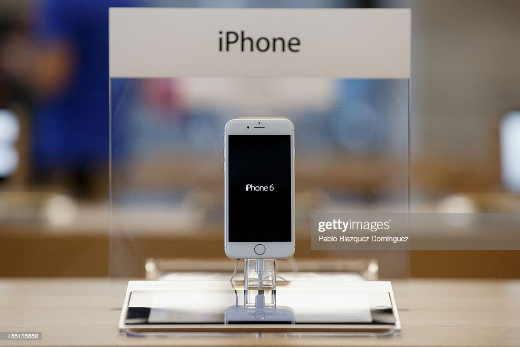 An iPhone 6 is on display at Puerta del Sol Apple Store as Apple launches iPhone 6 and iPhone 6 Plus on September 26 2014 in Madrid Spain Customers...
