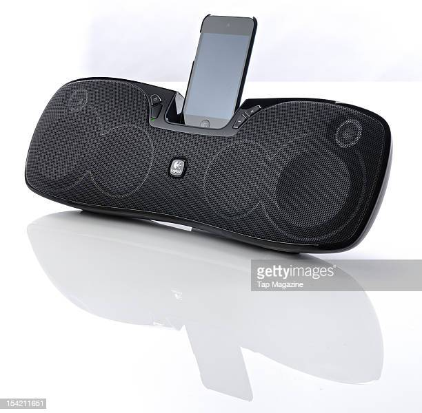 An iPod Touch 4G mounted on a Logitech S715i speaker dock session for Tap on September 29 2011