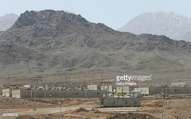 An Iranian nuclear power plant stands March 30 2005 some 200 miles south of Tehran in Natanz Iran The cities of Natanz and Isfahan in central Iran...