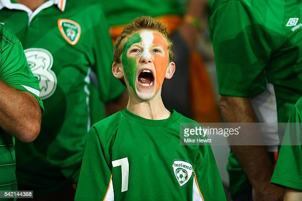 An Ireland fan shows his support prior to the UEFA EURO 2016 Group E match between Italy and Republic of Ireland at Stade PierreMauroy on June 22...