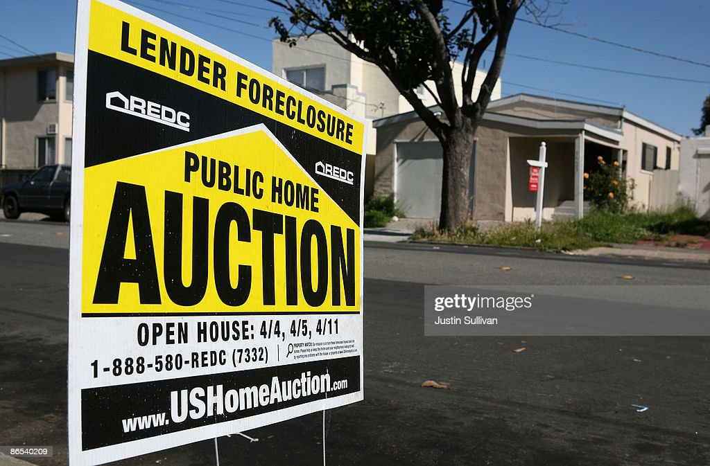 An lender foreclosure auction sign is posted in front of a foreclosed home May 7, 2009 in Richmond, California. A study of government data on subprime loans by the Center for Public Integrity showed that 56 percent of the $1.38 trillion in subprime mortgages originated from 15 lenders in California between 2005 and 2007.