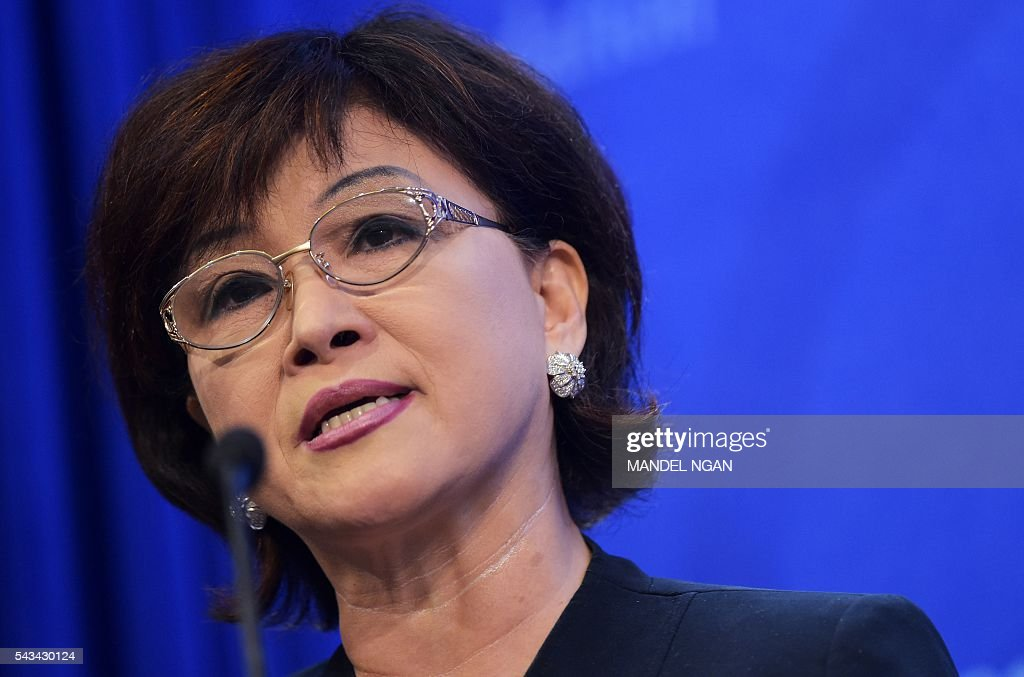An Mi-Young, president of the Korea Submarine League Washington, DC chapter, speaks during a discussion on North Korea at the Heritage Foundation on June 28, 2016 in Washington, DC. / AFP / MANDEL