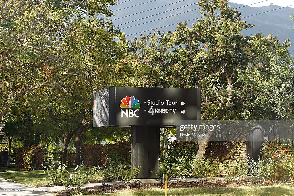 An NBC sign stands near the NBC studios on December 1, 2009 in Burbank, California. A tentative agreement has been reached to sell Vivendi's 20 percent stake in NBC Universal to General Electric (GE) for about $5.8 billion. Analysts expect GE, the primary owner of NBC for more than two decades, to sell its ownership interest to Comcast.