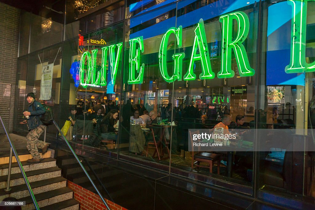An Olive Garden Restaurant In Times Square In New York Is Seen On Pictures