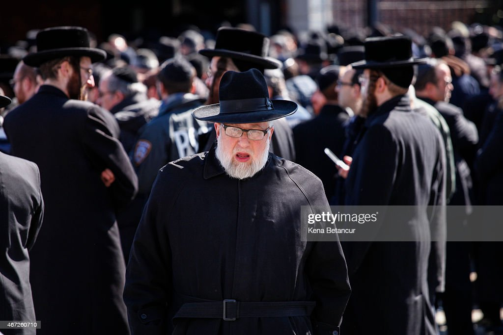 new town jewish single men Jewish single men - be fashionable and sign up on this dating site get free simple match system and it will help to find someone who you like.