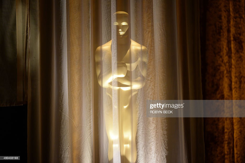 An Oscar statue is seen at the 2013 Governors Awards, presented by the American Academy of Motion Picture Arts and Sciences (AMPAS), at the Hollywood and Highland Center in Hollywood, California, November 16, 2013. AFP PHOTO / Robyn Beck
