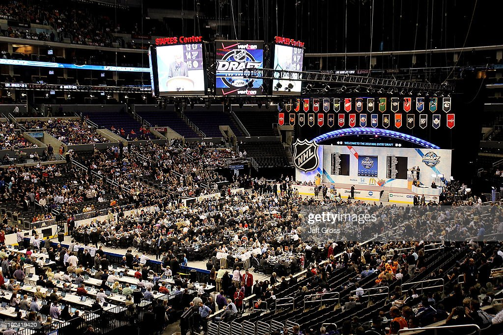 An overall view of the draft floor during the 2010 NHL Entry Draft at Staples Center on June 25, 2010 in Los Angeles, California.