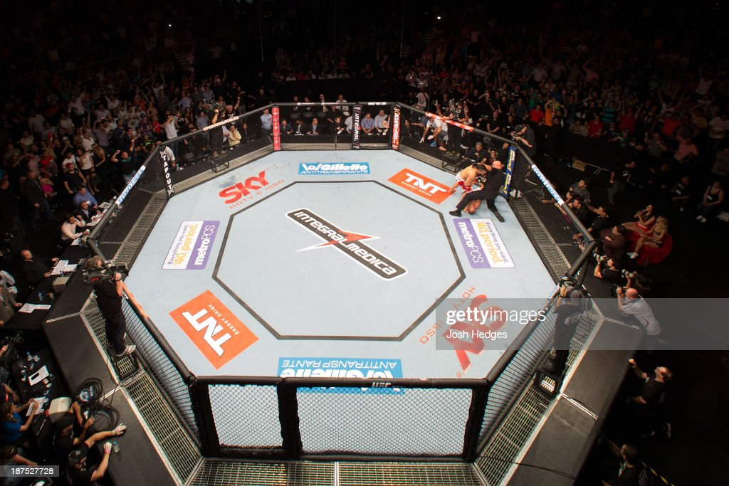 An overhead view of the Octagon as Vitor Belfort (red shorts) defeats Dan Henderson during the UFC event at Arena Goiania on November 9, 2013 in Goiania, Brazil.