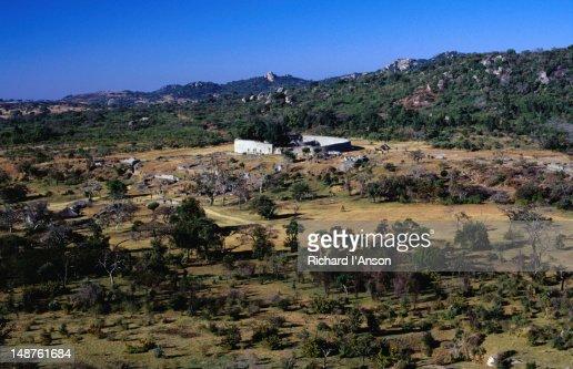 an overview of zimbabwe Mar 2016 needs humanitarian overview 2016 people in need 284 m zimbabwe credit: unrco zimbabwe/2012.