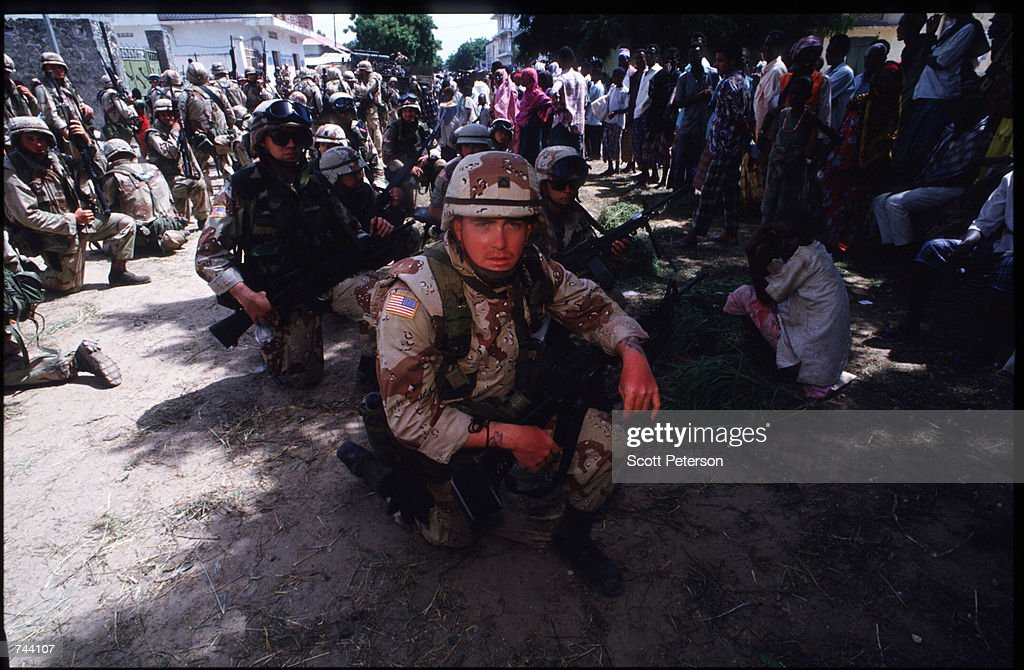 An unidentified group of US soldiers take a rest January 11 1993 Mogadishu Somalia The United Nations hopes to restore order and save hundreds of...