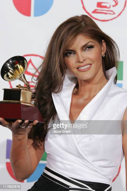 Ana Barbara winner of Best Grupero Album for 'Loca de Amar'