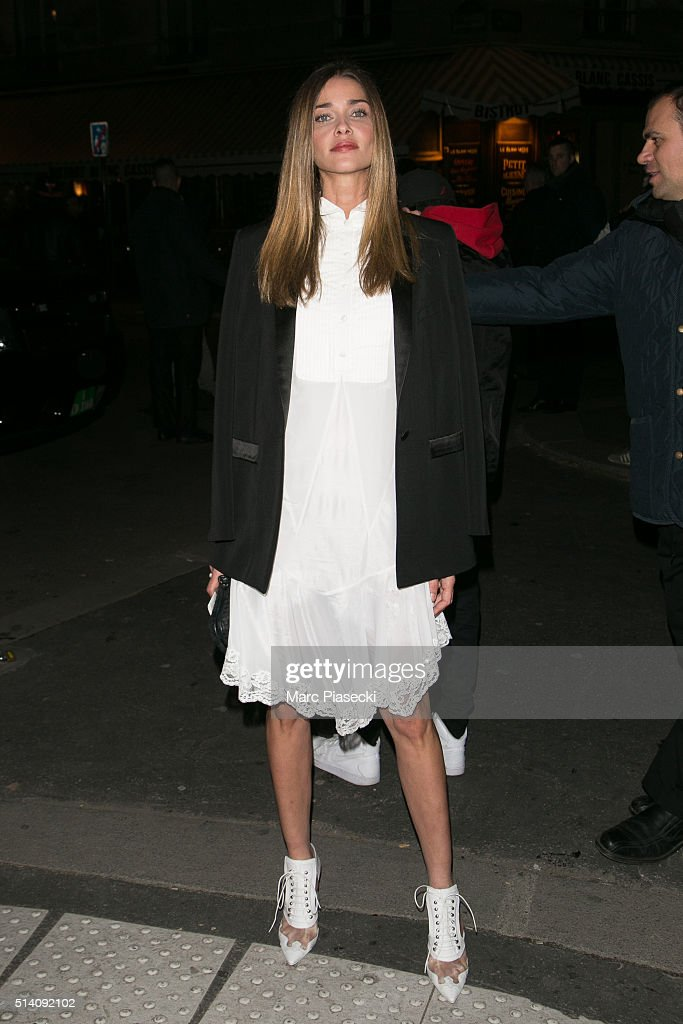 Ana Beatriz Barros arrives to attend the 'Givenchy' fashion show on March 6 2016 in Paris France