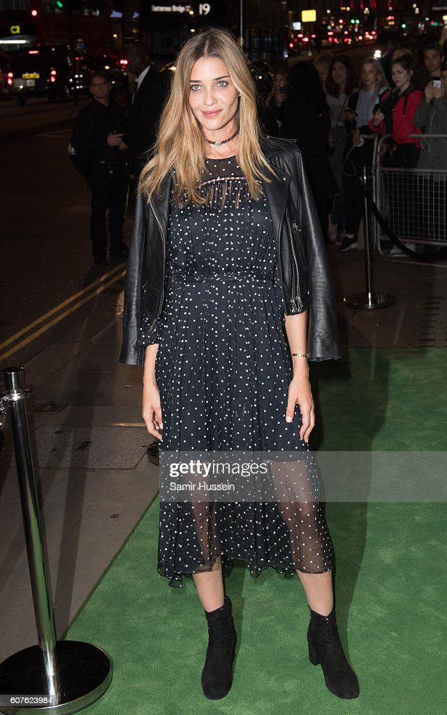 Ana Beatriz Barros attends A Green Carpet Challenge BAFTA Night during London Fashion Week Spring/Summer collections 2017 on September 18, 2016 in London, United Kingdom.
