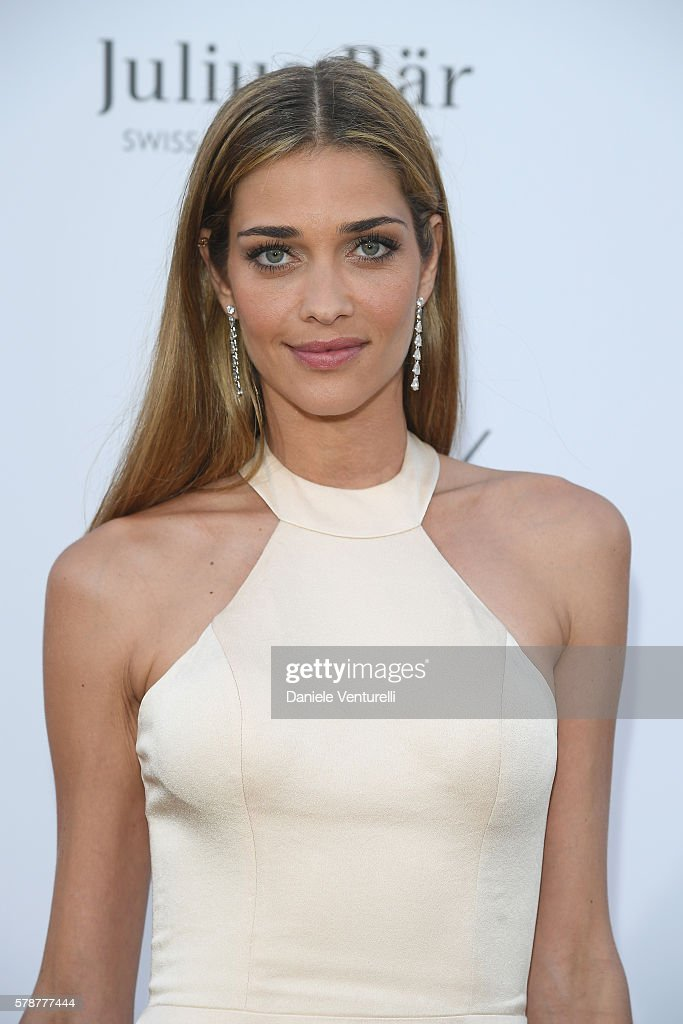 ana-beatriz-barros-poses-at-the-photocall-during-the-leonardo-3rd-picture-id578777444