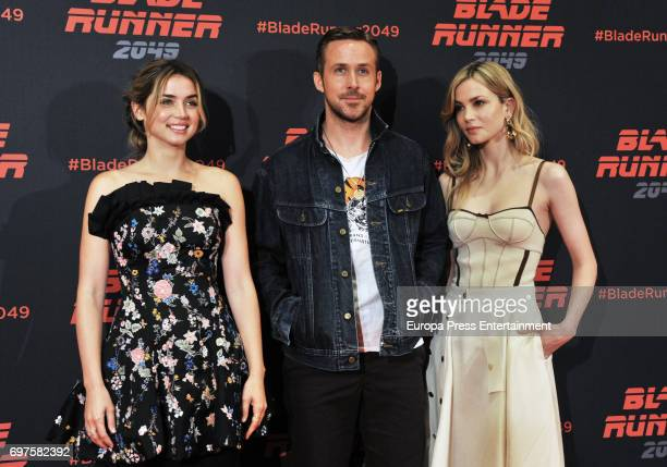 Ana de Armas Ryan Gosling and Sylvia Hawks attend 'Blade Runner 2049' photocall during at Arts Hotel on June 19 2017 in Barcelona Spain