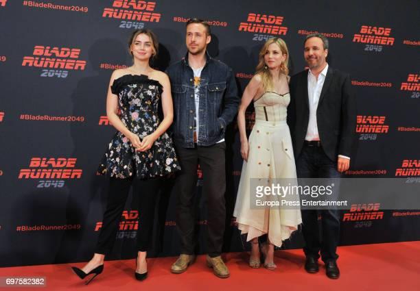Ana de Armas Ryan Gosling Sylvia Hoeks and Denis Villeneuve attend 'Blade Runner 2049' photocall during at Arts Hotel on June 19 2017 in Barcelona...