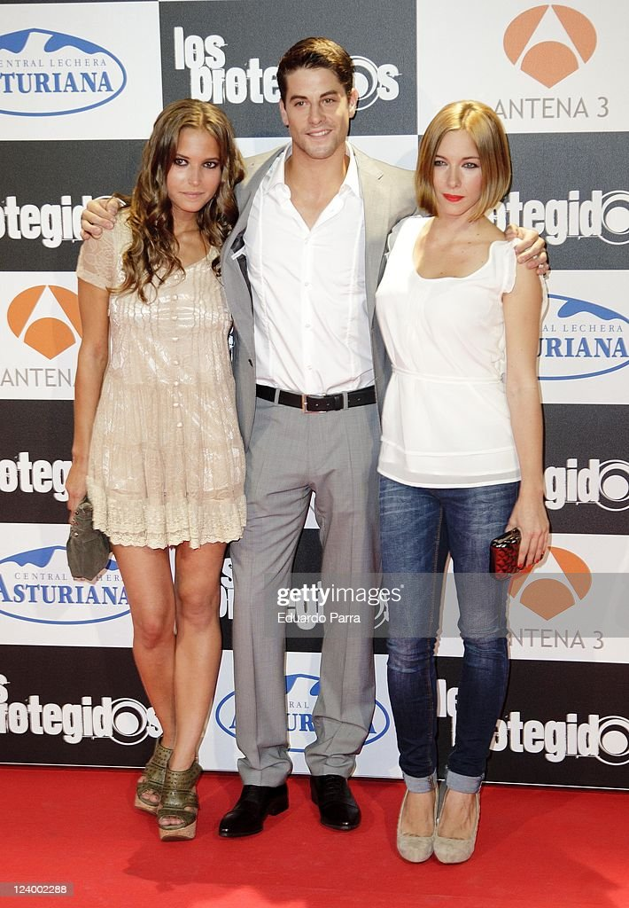 Ana Fernandez Luis Fernandez and Natalia Rodriguez attend Los protegidos premiere at Capitol Cinema on September 7 2011 in Madrid Spain