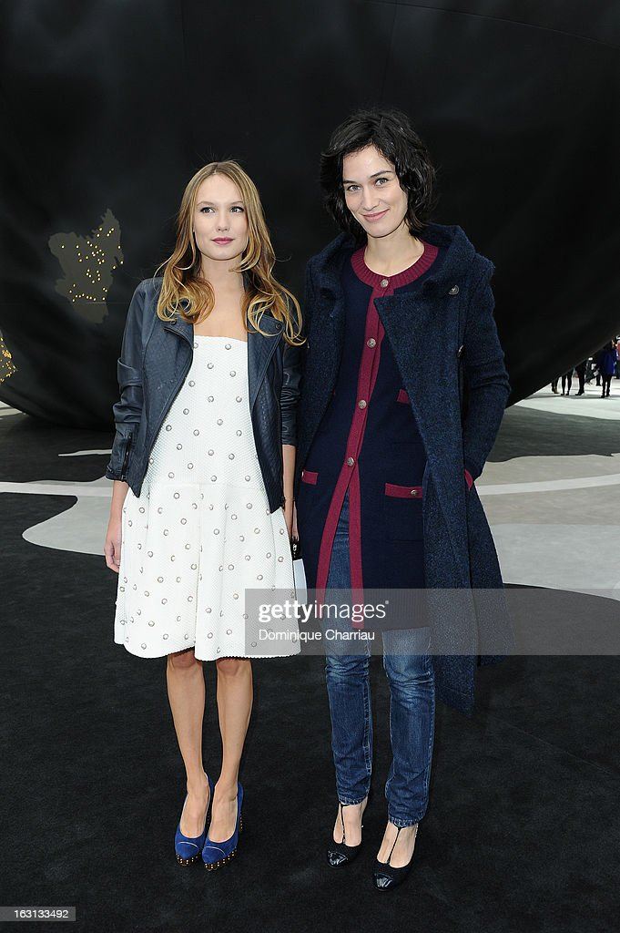 <a gi-track='captionPersonalityLinkClicked' href=/galleries/search?phrase=Ana+Girardot&family=editorial&specificpeople=6991847 ng-click='$event.stopPropagation()'>Ana Girardot</a> and <a gi-track='captionPersonalityLinkClicked' href=/galleries/search?phrase=Clotilde+Hesme&family=editorial&specificpeople=2265189 ng-click='$event.stopPropagation()'>Clotilde Hesme</a> attend the Chanel Fall/Winter 2013 Ready-to-Wear show as part of Paris Fashion Week at Grand Palais on March 5, 2013 in Paris, France.