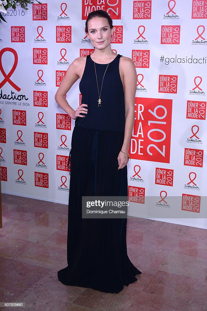 <a gi-track='captionPersonalityLinkClicked' href=/galleries/search?phrase=Ana+Girardot&family=editorial&specificpeople=6991847 ng-click='$event.stopPropagation()'>Ana Girardot</a> attends the Sidaction Gala Dinner 2016 as part of Paris Fashion Week on January 28, 2016 in Paris, France.