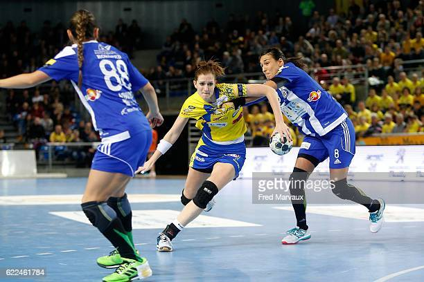Ana Gros of Metz and Cristina Neagu of Podgorica during the EHF Womens Champions League match between Metz and Podgorica Buducnost November 11 2016...