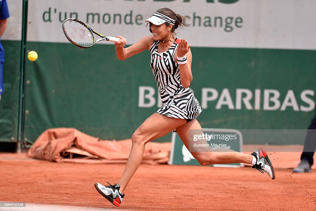 <a gi-track='captionPersonalityLinkClicked' href=/galleries/search?phrase=Ana+Ivanovic&family=editorial&specificpeople=542118 ng-click='$event.stopPropagation()'>Ana Ivanovic</a> of Serbia plays a forehand during her women's single second round match against Kurumi Nara of Japan on day five of the 2016 French Open at Roland Garros on May 26, 2016 in Paris, France.